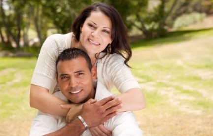 hispanic-couple-happy